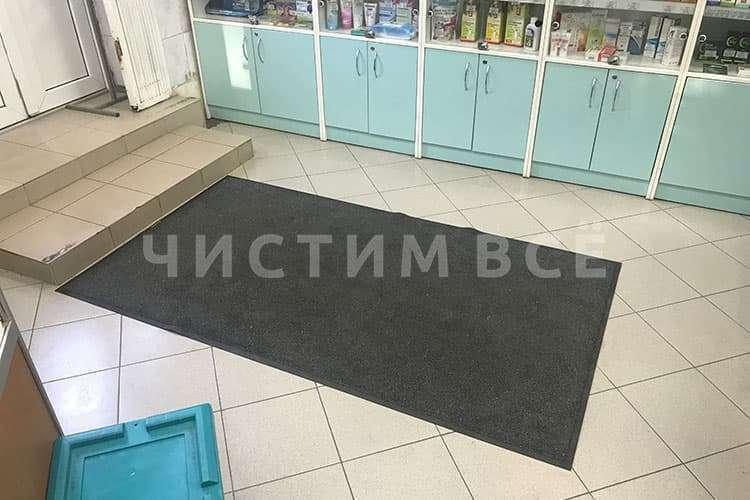 Входные ковры с логотипом: чистота + имидж + реклама