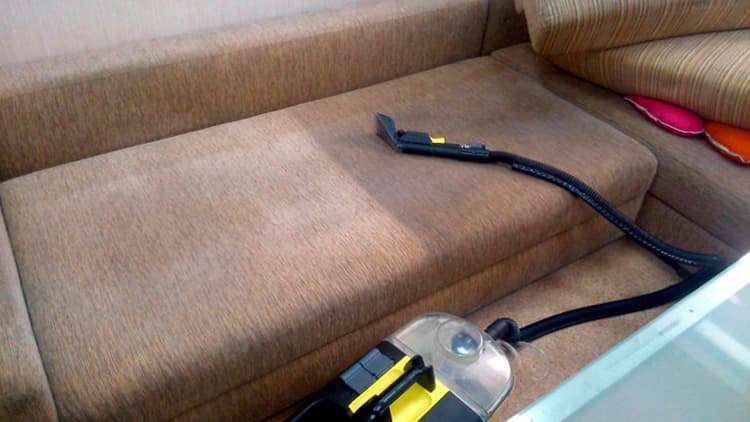 Чистка мебели Керхером