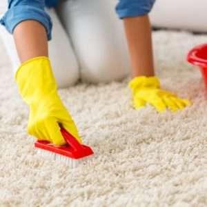Как чистят ковры в химчистке?