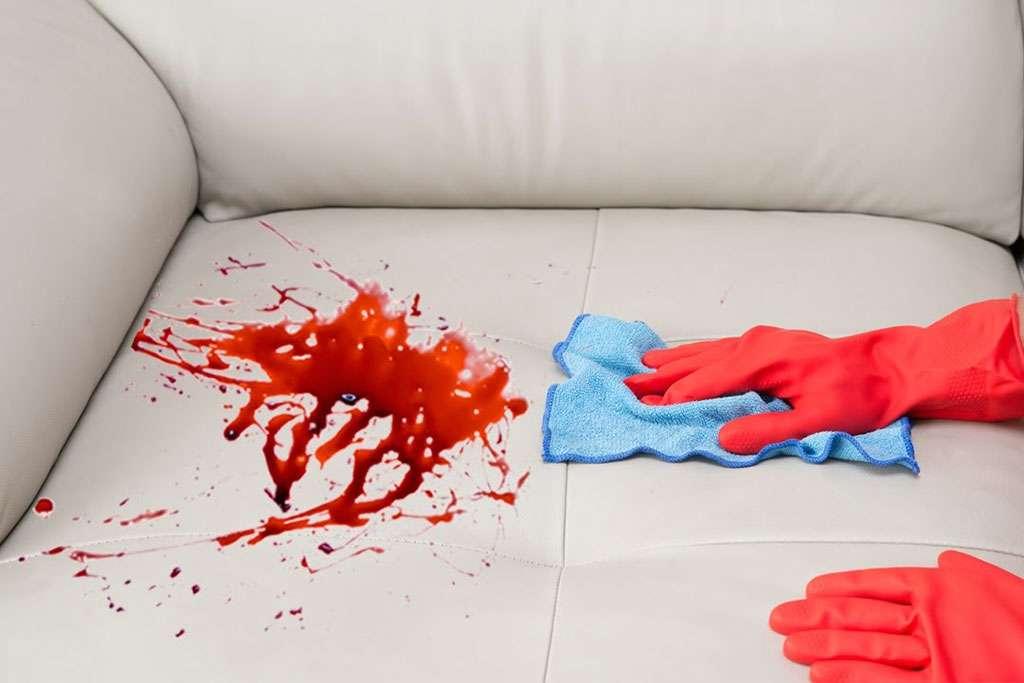 Как быстро вывести пятно с дивана фото