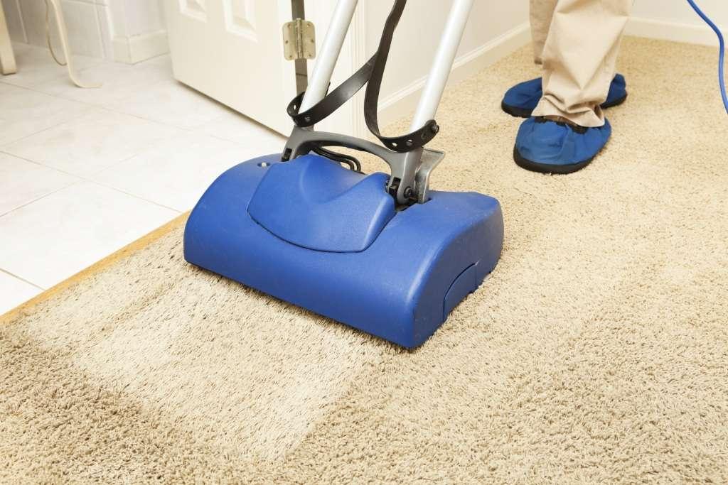 Чем лучше чистить ковровое покрытие