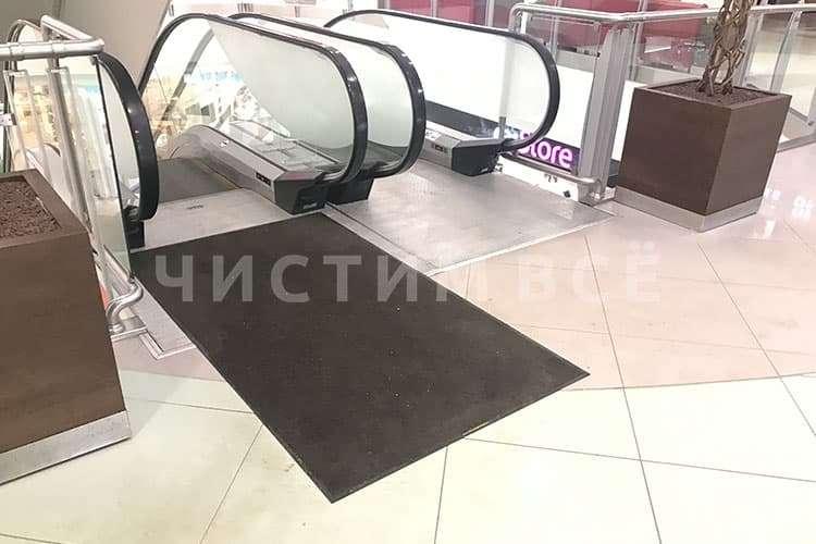 Сервис сменных ковров остановит грязь на входе