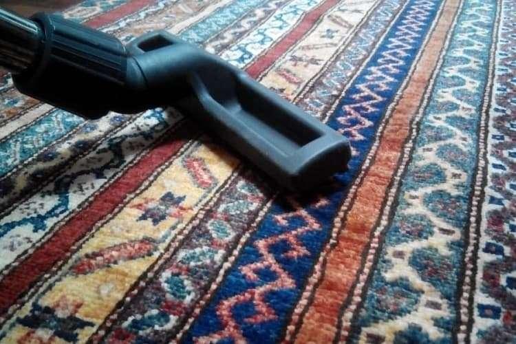 Чистка старого ковра в домашних условиях