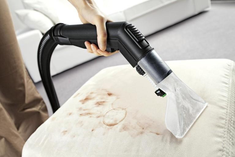 Как часто нужно делать химчистку мебели